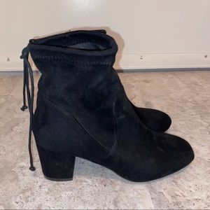 steve madden black suede ankle booties